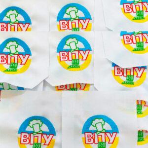 вишивка логотипу на кармані